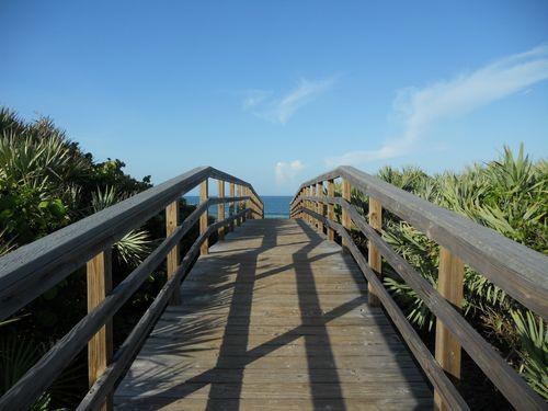 bridge to the atlantic ocean